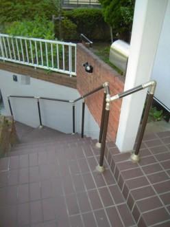 玄関アプローチ階段手摺