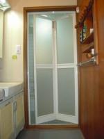 浴室折れ戸1