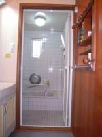 浴室折れ戸2