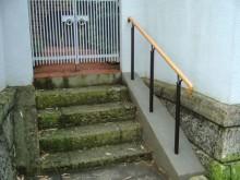 屋外階段手摺1