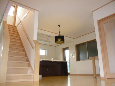 LDKから2階へ上がれます