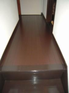 床貼りとクロス張替施工後2