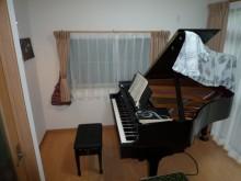 ピアノ室2