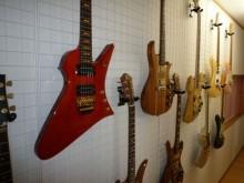 ギタースペース1