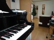 ピアノ室1